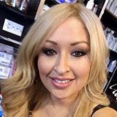 Ancira Van Der Kallen - Owner of Nutrishop in Fontana