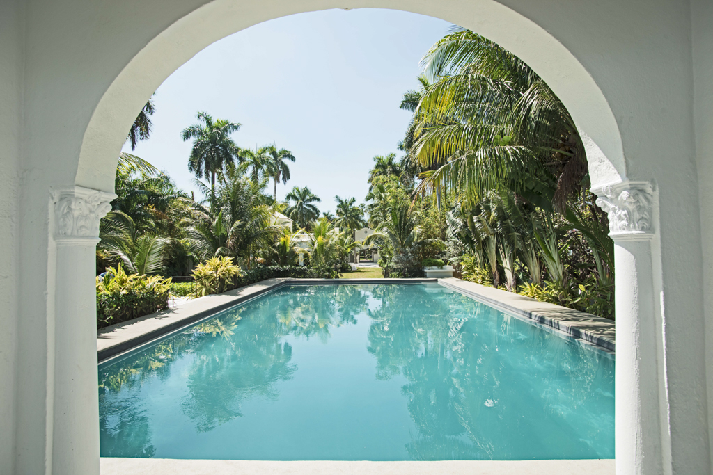 architecture-photography-of-pool
