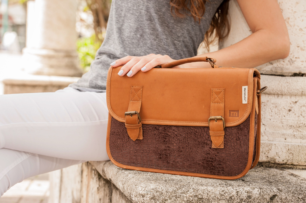 lifestyle-product-photography-bag